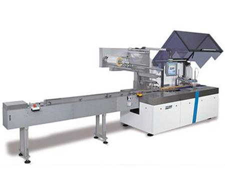 Flowpack X-D-hugo-beck-papierverpakkingsmachine